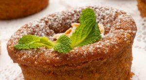 Prepare a Soft Homemade Almond Sponge Cake with Only 5 Ingredients
